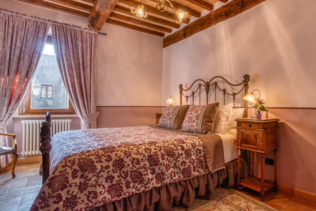 private villa for rent in Italy